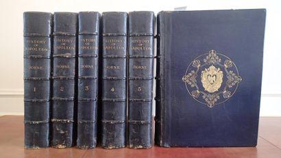 NAPOLÉON Ier. Ensemble d'environ 1300 pièces montées dans 6 forts volumes grand...