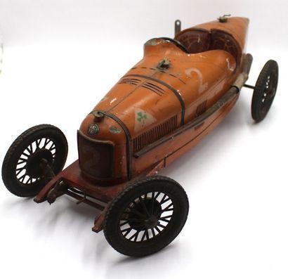 «CIJ : Alfa Roméo P2» Alfa Roméo P2 par CIJ. 2° série, modèle luxe, orange, avec...
