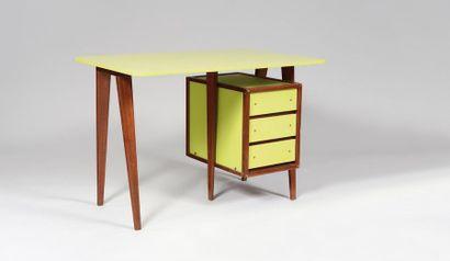 ANDRE SORNAY (1902-2000) « M4 » Petit bureau...