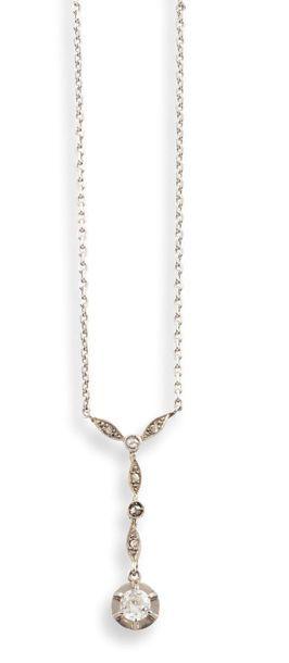 COLLIER Belle Epoque  en or gris et jaune 750 millièmes et diamants, présentant...