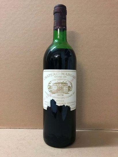 1 Blle Château MARGAUX (Margaux) 1976 - Bas...
