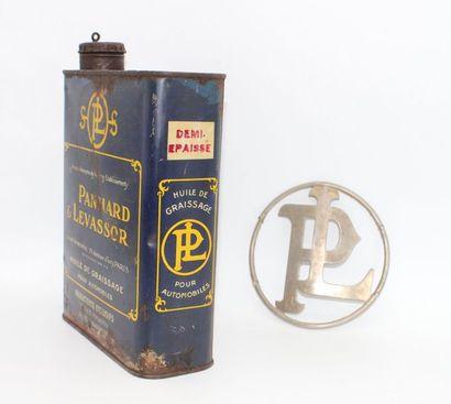 """Bidon Panhard & Levassor""  Bidon d'huile de 2 Litres ""Panhard & Levassor"" pour..."