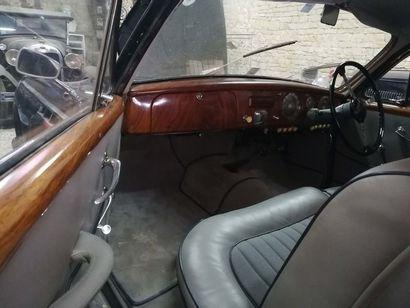 1954 Delahaye 235 Coach Chapron Numéro de série 818083 Numéro de moteur 818083 Numéro...