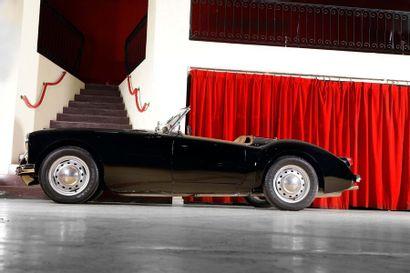 1955 MG A Roadster Numéro de série HDD4311019  Premier millésime  Configuration élégante...