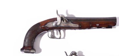 Pistolet à silex d'officier transformé à...
