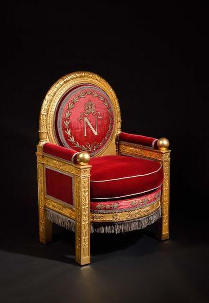 «Fauteuil de trône» Impérial   à large...