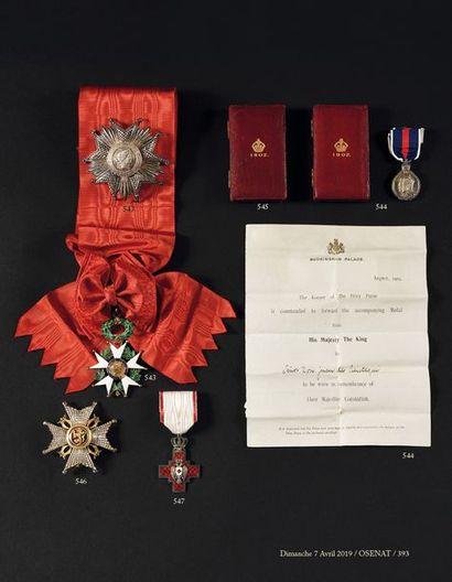 GRANDE BRETAGNE Médaille du couronnement...