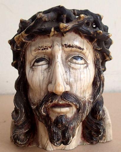 Importante TETE DE CHRIST en ivoire sculpté...