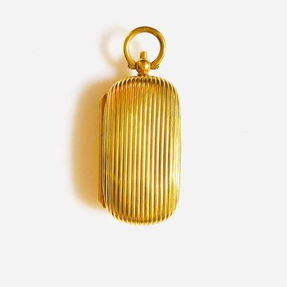 PORTE-LOUIS PENDENTIF en or jaune 750 millièmes...