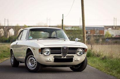 1967 Alfa Romeo Giulia Sprint 1600 GT Veloce