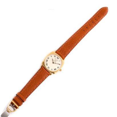 Le Polo de Paris.  Montre bracelet,boitier...