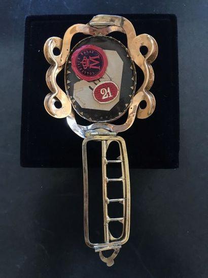 Pendentif monté en bracelet. Important bracelet orné d'un camée au profil de Joachim...