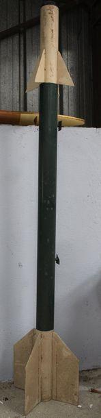 Maquette - Missile AIR-AIR    Grande maquette...
