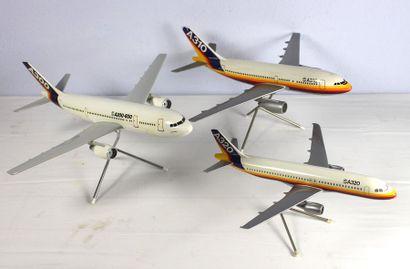 4 Maquettes - AIRBUS    4 Maquettes constructeur...