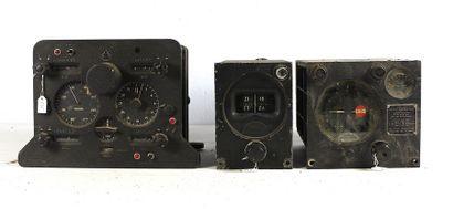 Trois appareils de vol    Totalisateur d'estime...