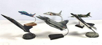 Maquettes - AVIONS de chasse    Maquettes d'avions de chasse : Jaguar – Super étendard...