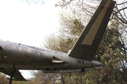 Avion - FOUGA MAGISTER 05    Le Fouga Magister fabriqué par l'aérospatiale Potez...