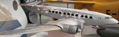 Maquette d'agence - BLOCH 161 « LANGUEDOC »    Maquette, écorché en bois du quadrimoteur...