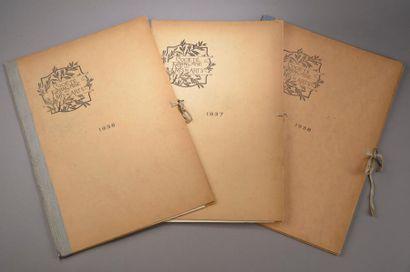 Trois albums de la Société Française des...