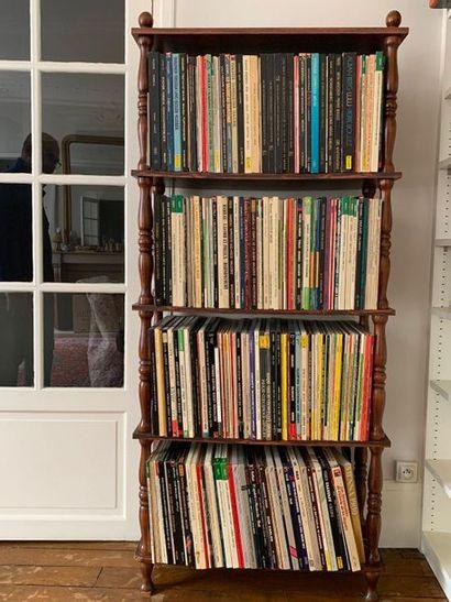 Fort lot de disques vinyles 33 tours principalement...