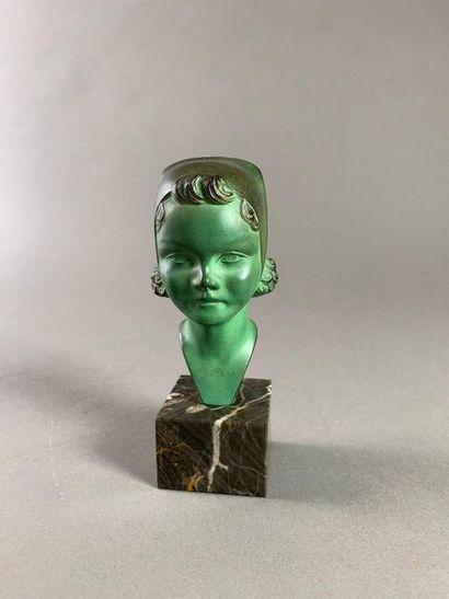 Max LE VERRIER (1891-1973). Tête d'une jeune...