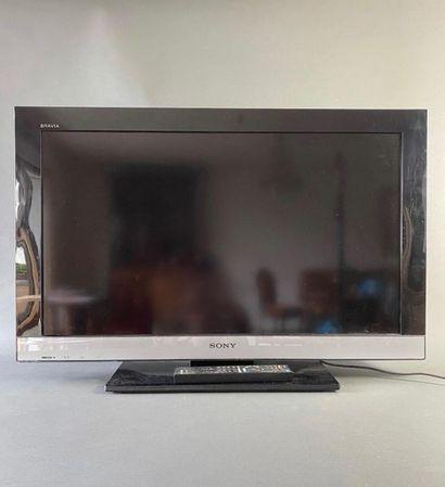 Téléviseur SONY modèle KDL-32EX302, n° de...