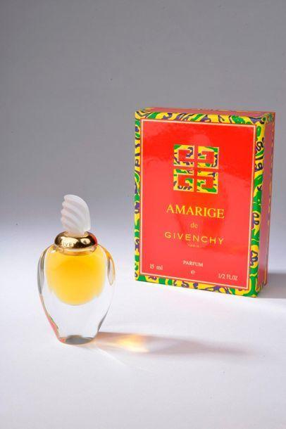 GIVENCHY.  Amarige (années 1990).  Flacon...