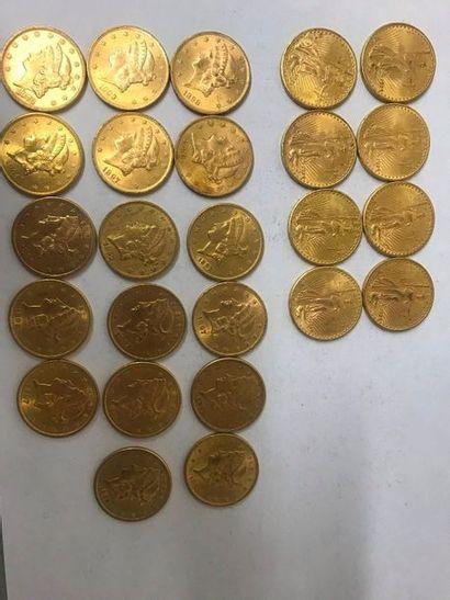 Vingt-cinq pièces en or de 20 Dollars des...