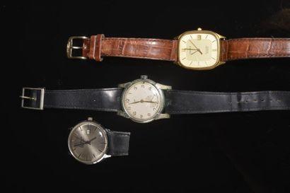 Lot de montres comprenant : - LIP. Montre...