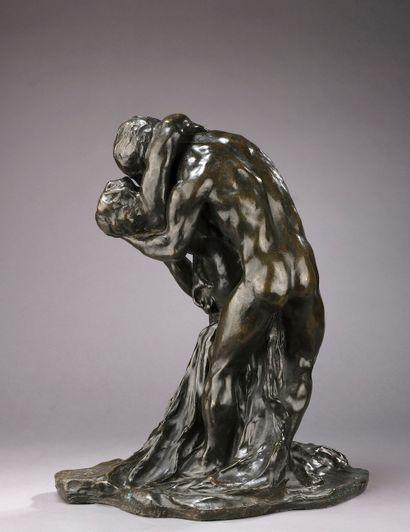 Alfredo PINA (Milan, 1887 - La Charité-sur-Loire, 1966).  Couple enlacé.  Bronze...