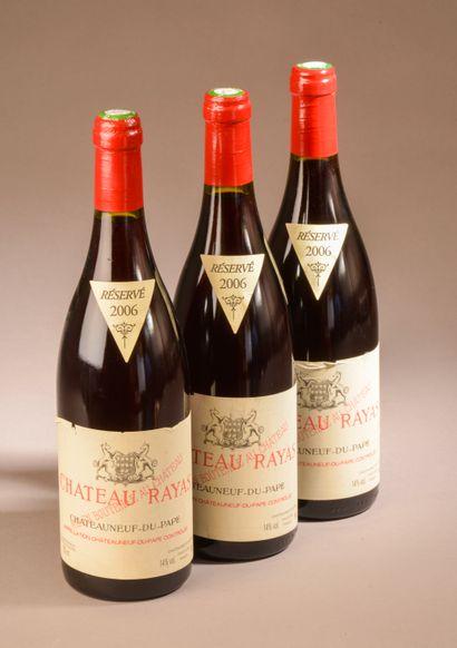 3 bouteilles CHÂTEAUNEUF-DU-PAPE Rayas 2006...