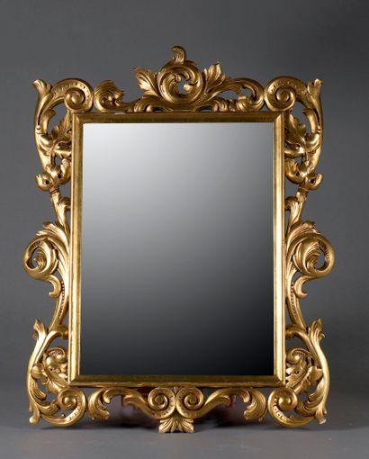 *Miroir rectangulaire en bois sculpté de...