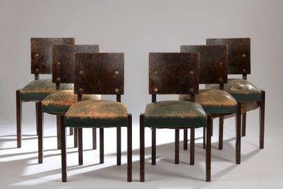 André SORNAY (Lyon, 1902 - Vichy, 2000). Suite of six chairs in Oregon pine veneer,...
