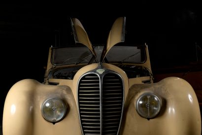 AUTOMOBILES DE COLLECTION, TABLEAUX, MOBILIER & OBJETS D'ART
