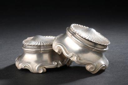 Paire de salerons de table ovales en argent,...