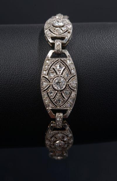 Bracelet articulé en platine 850 millièmes...