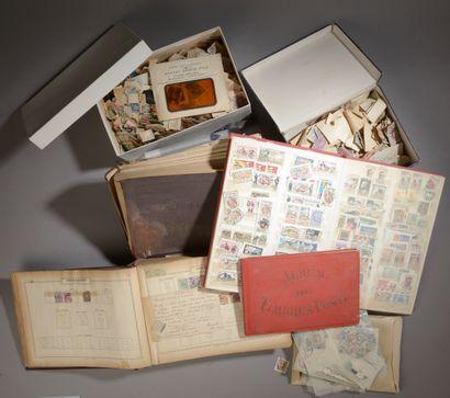 Ensemble de timbres anciens tous pays et...