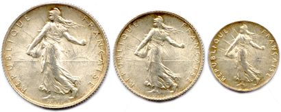 Lot de trois pièces en argent type Semeuse...