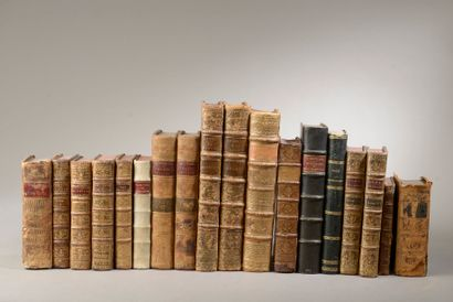 [DROIT-CODES]  Ensemble de 18 volumes comprenant...