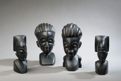 Ensemble de quatre têtes, Côte d'Ivoire....