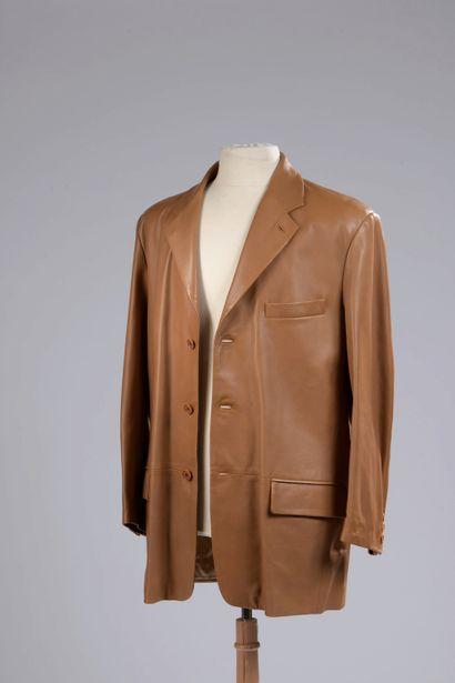 LOEWE.  Veste en cuir camel à col cranté,...