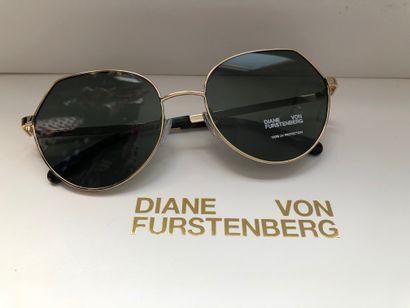 *DVF - Diane Von Fürstenberg.  Taille S,...