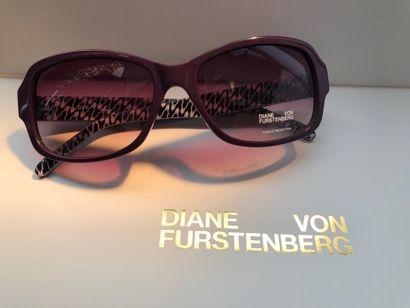 *DVF - Diane Von Fürstenberg.  Taille XS,...
