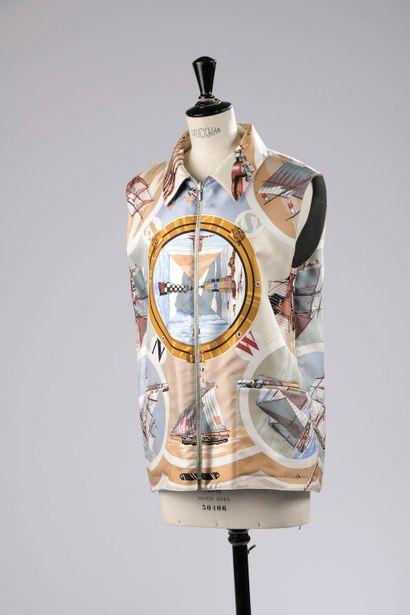 HERMÈS.  Sleeveless reversible waistcoat...