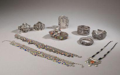 Ensemble de bijoux en argent d'Afrique du...