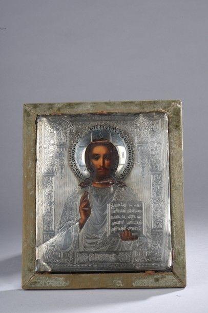 Icône représentant Jésus bénissant, recouvert...