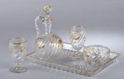 Service verre d'eau en cristal de BACCARAT...