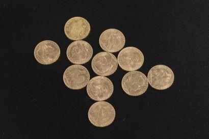 Ensemble de 11 pièces en or comprenant :...