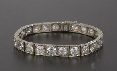 Bracelet articulé en or gris 18k orné d'une...