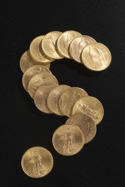 Quinze pièces en or de 20 dollars américains...